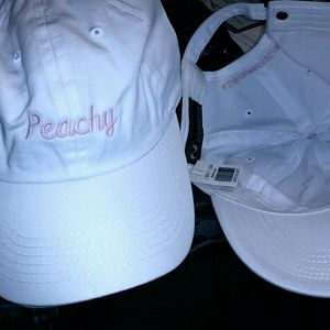 New with tags Brandy Melville Peacy Hat